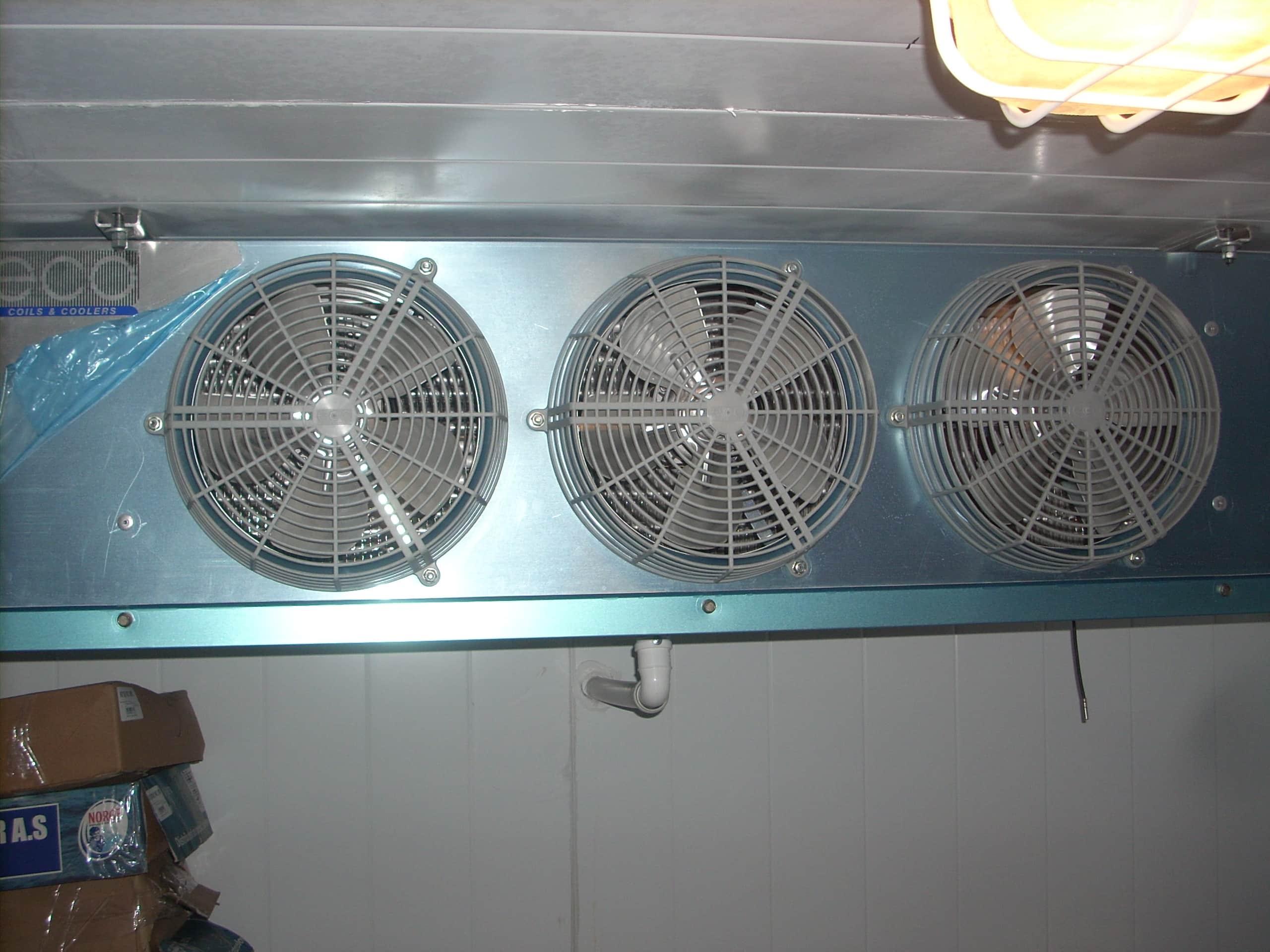 """Морозильная камера для магазина от """"Компании Холод"""""""