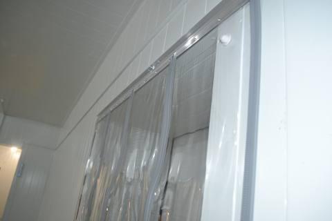Магнитные ПВХ шторы для холодильных камер